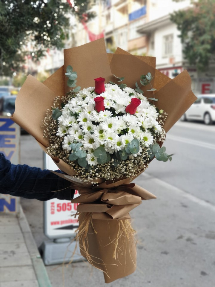 Rüya Daisies Bouquet