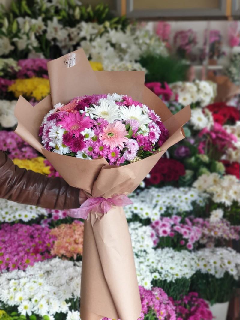 Rüya Spring Bouquet